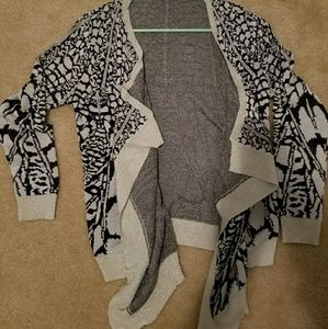 Cardigan with mosaic cream black and gold